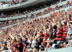 Torcida-Flamengo-Estadio-Garrincha-Imagem_LANIMA20130705_0141_26