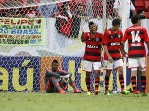 Flamengo-Portuguesa-Foto-Adalberto-MarquesAGIF_LANIMA20130807_0214_25