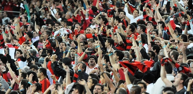 28ago2013-torcida-do-flamengo-faz-a-festa-no-maracana-apos-gol-de-elias-em-jogo-contra-o-cruzeiro-1377758367800_615x300