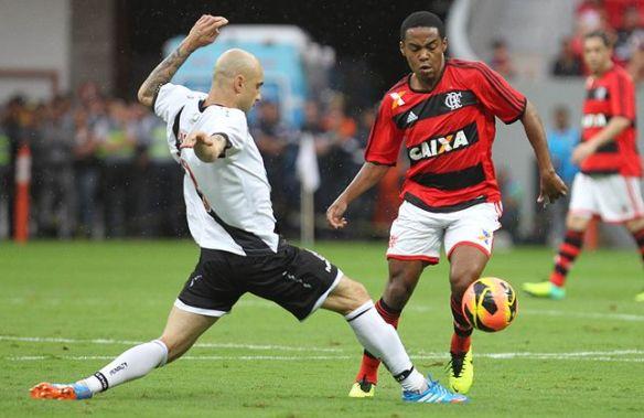 Flamengo-Elias-Francisco-Stuckert-LANCEPress_LANIMA20131006_0069_47